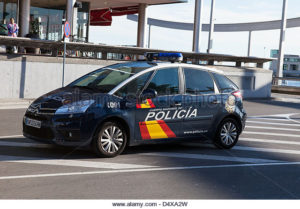 national-police-car-barcelona-d4xa2w
